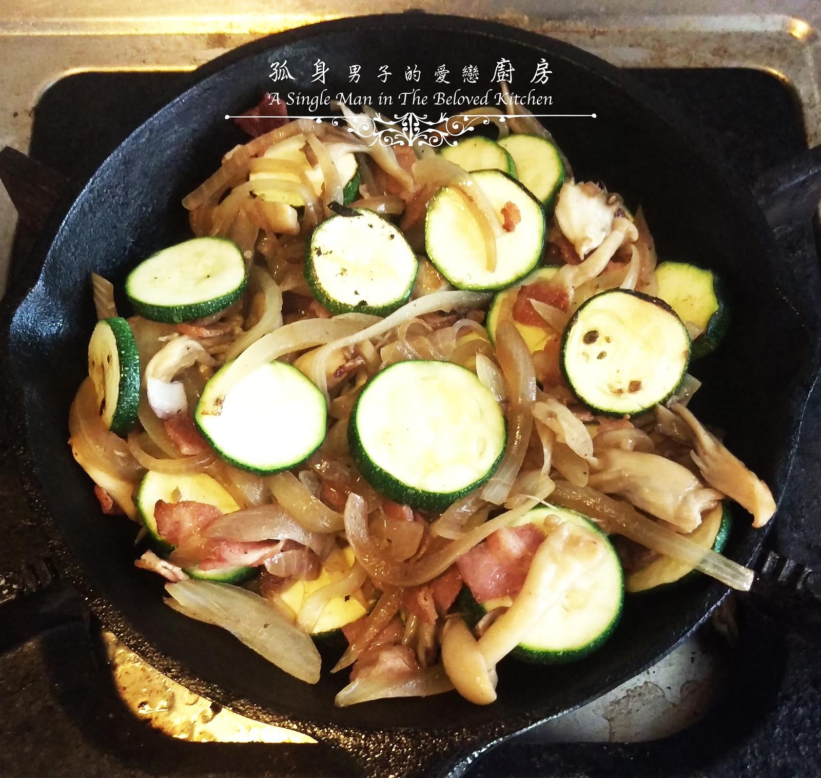 孤身廚房-清冰箱簡單早午餐!培根野菇櫛瓜義式烘蛋Frittata13