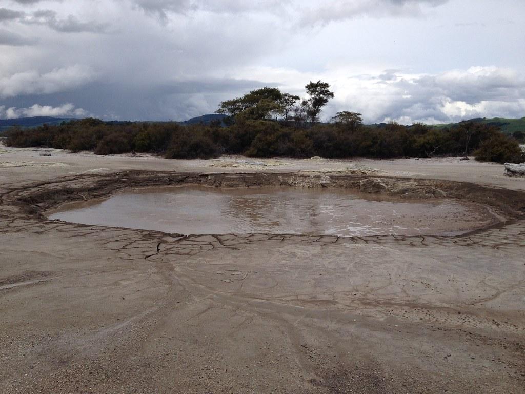 Camerons Laughing Gas Pool, Rotorua