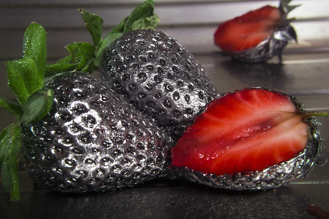 MM: Chrome Strawberries (No Photoshop) [Explored 14/03/2017]