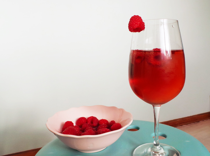 champagne-pomegranate-raspberries c