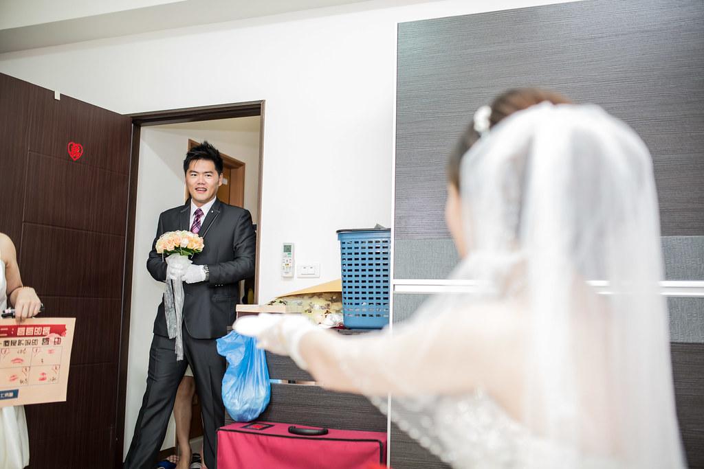 wedding0504-109.jpg
