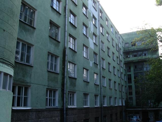 Общежитие коммунистического университета национальных меньшинств 03