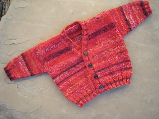 Cardigan_2013_08_23_v-neck_Fabel-reds_1