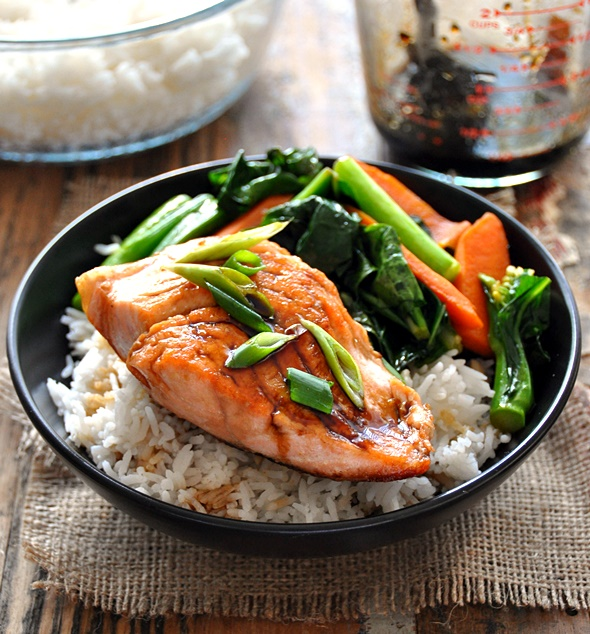 Sweet & Sour Glazed Salmon with Sautéed Carrot & Chinese Broccoli | www.fussfreecooking.com