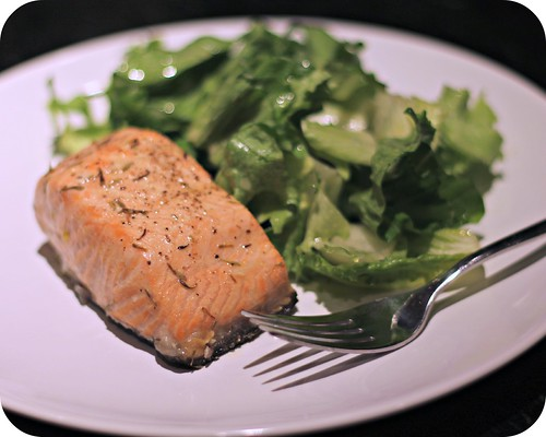 So Tasty So Yummy: Roasted Salmon with Thyme Vinaigrette
