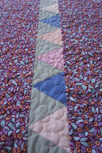 Accuquilt Triangle strip back