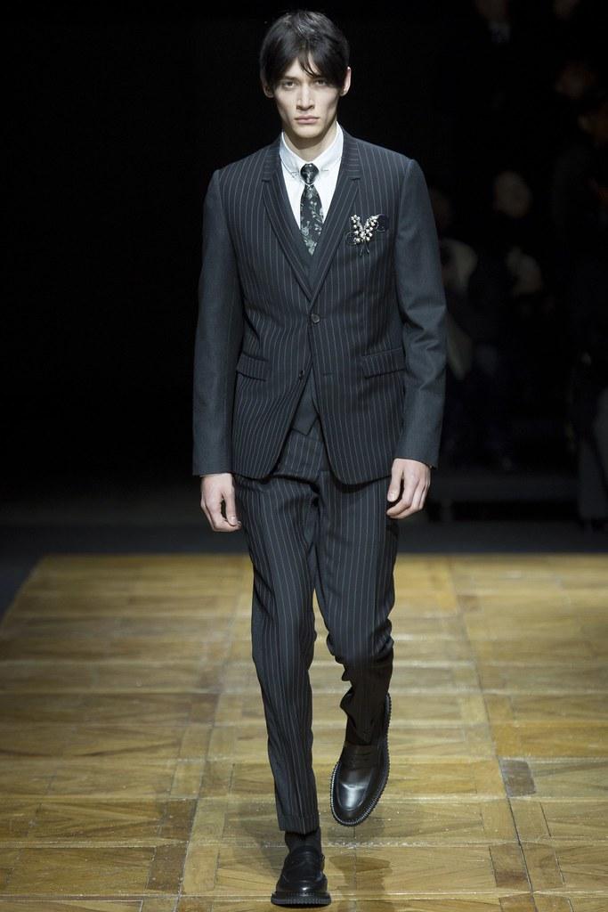 FW14 Paris Dior Homme003_Timur Simakov(VOGUE)
