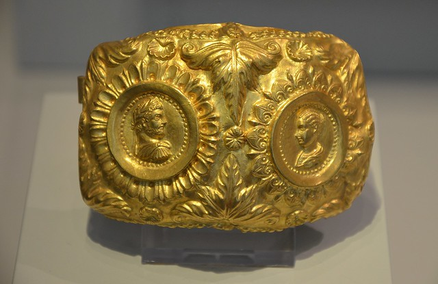 Gold armband with coins of Caracalla and his wife Plautilla, 202–205 AD, Altes Museum, Berlin