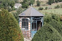 Le refuge du jardinier. (Château-de-la-Baume, Prinsuejols France). - Photo of Aumont-Aubrac