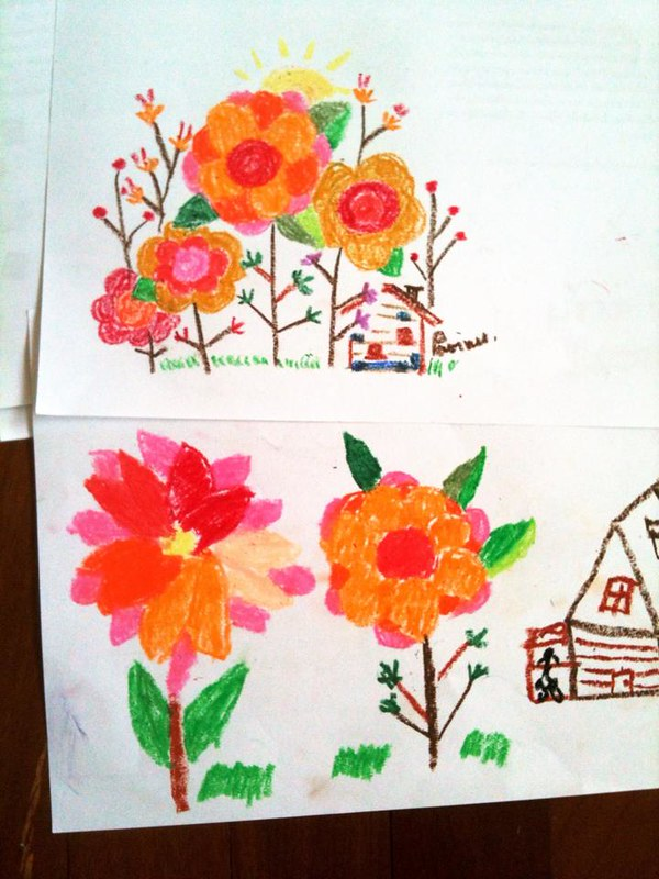 The top is my drawing which my niece imitaed at the bottom ;)