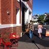 Dunedin's latest addition to  #gigatowndun, @CoffeeCultureRoslyn, is busy on a sunny Sunday!