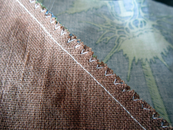finish linen patchwork seams