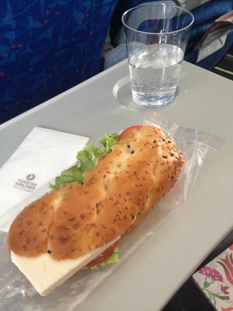 001 - En el avión