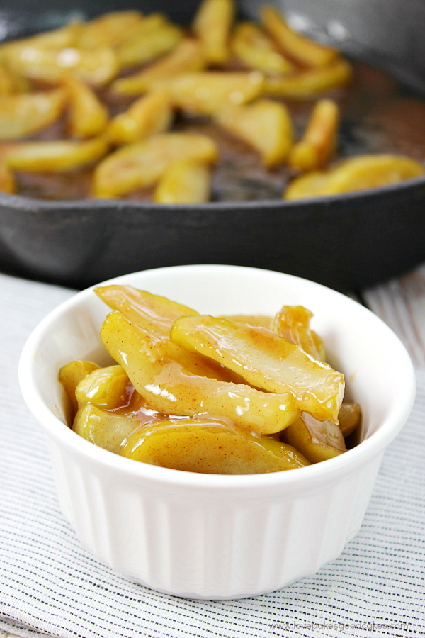With just a few simple ingredients, you can turn plain apples into a delicious side dish for meat or a dish to serve with breakfast! You can even serve them over ice cream for dessert! #cboldcountrystore #ad
