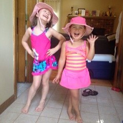 Strike a pose. No!  Don't laugh!  Thanks @doctorenee for the pic. #sunhat #hat #goof
