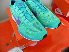 """Nike Flyknit Racer """"Sport Turquoise/Hyper Grape-Volt"""" Size 11 [526628-301] 2015"""