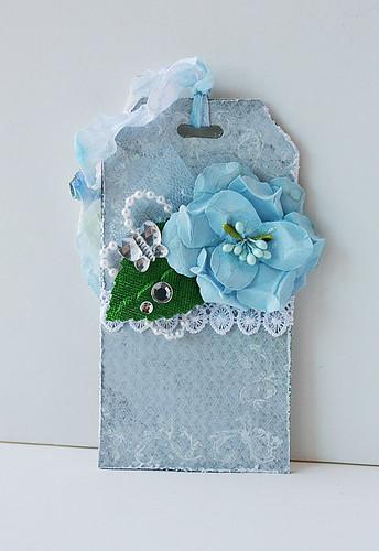 Pretty-blue-tag