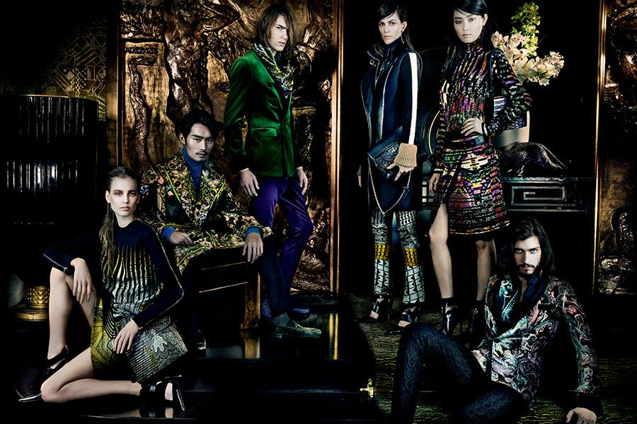 aymeline-valade-elisabeth-erm-sung-hee-kim-ton-heukels-andres-risso-nan-fulong-for-etro-fall-winter-2013-2014-by-mario-testino-1