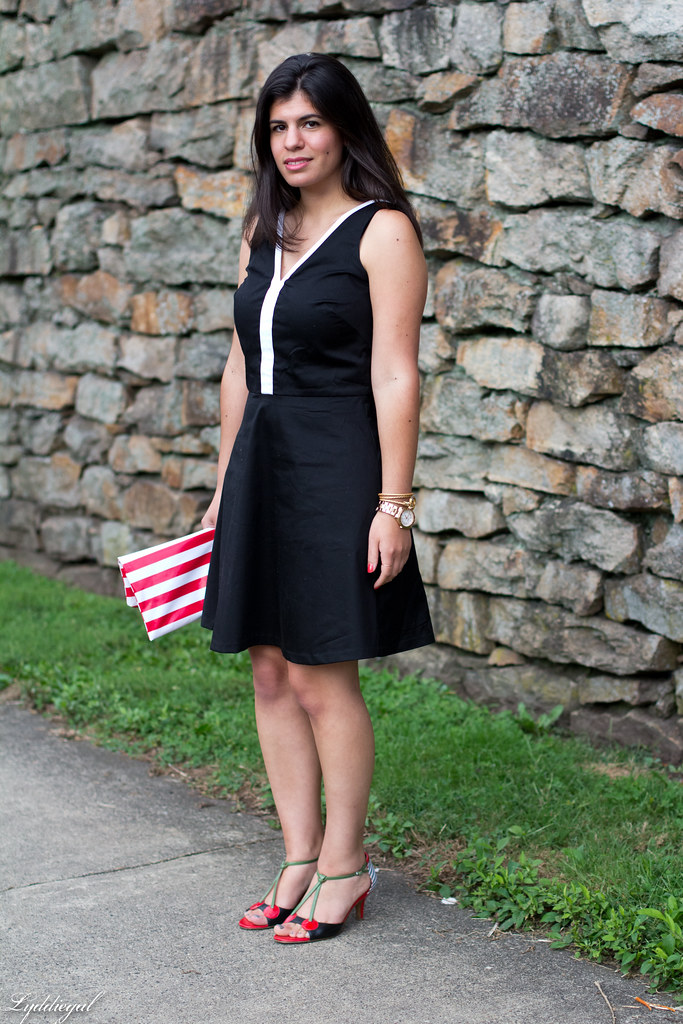 little preppy black dress-2.jpg