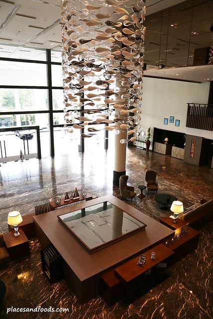 renaissance hotel johor bahru lobby
