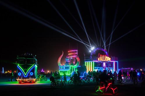 KALLIOPE Art Car and Giant VW Bus Burning Man 2013