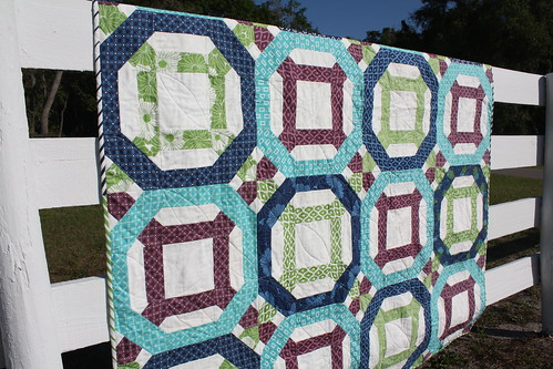Chain + Link quilt - side view