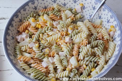 Ensalada de pasta con piña www.cocinandoentreolivos (12)