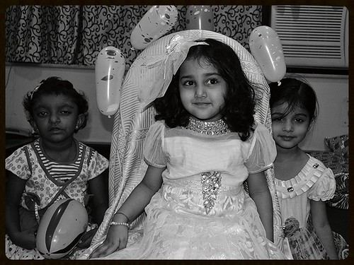 Marziya Shakir  Mehreen Zehra Her Best Friends 4 Th Birthday 2011 by firoze shakir photographerno1