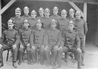 Brannmenn ved Lademoen Brannstasjon (ca. 1902)