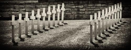 French WWI cemetery - Orée de la forêt