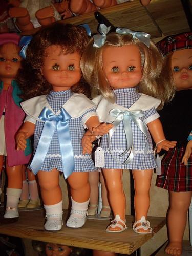 Les poupées de ma maison  11367932506_319c997a2d