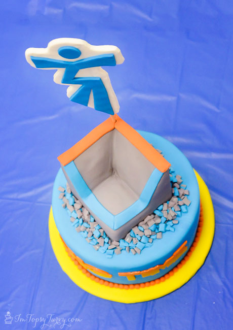 trampoline-park-party-cake