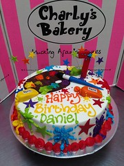 Cake Artist Bakery Champaign Il : Galleries Artist themed birthday cake with palette ...