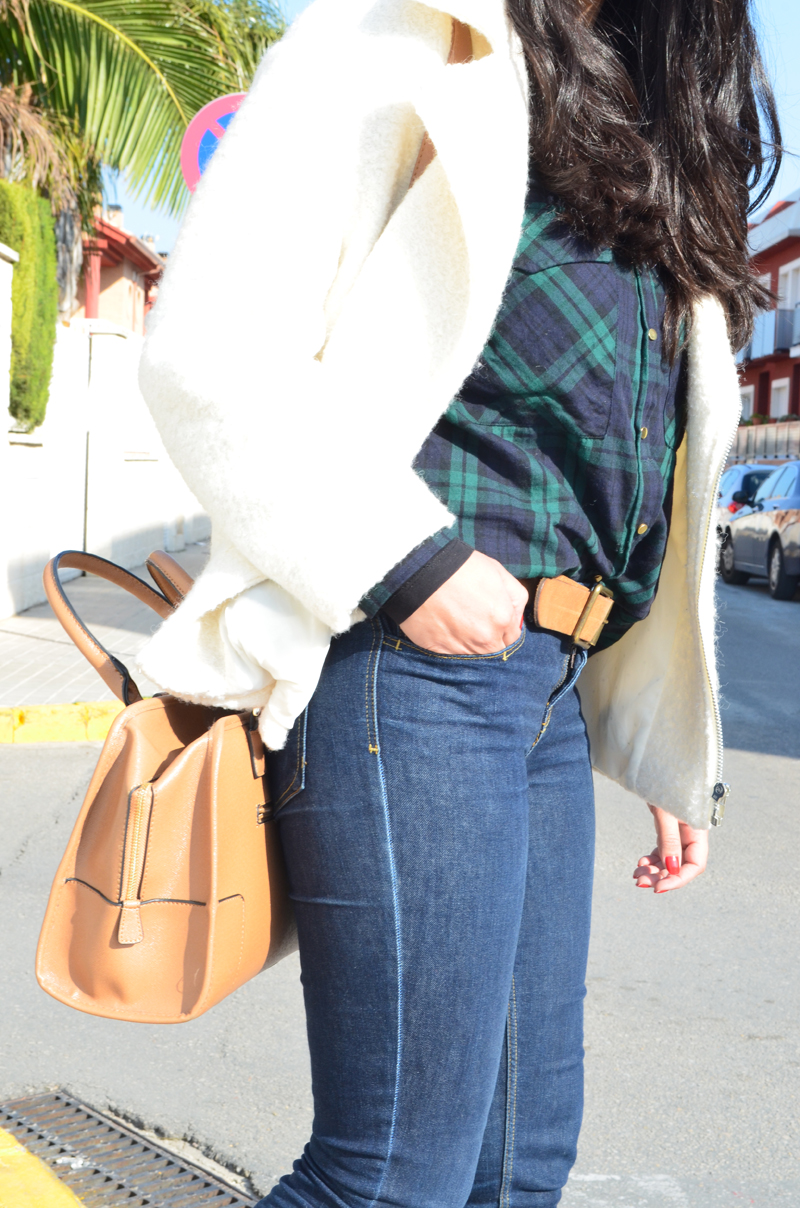 florenciablog chaqueta fieltro inspiration tartan cream jacket casual look bloggers gandia (4)