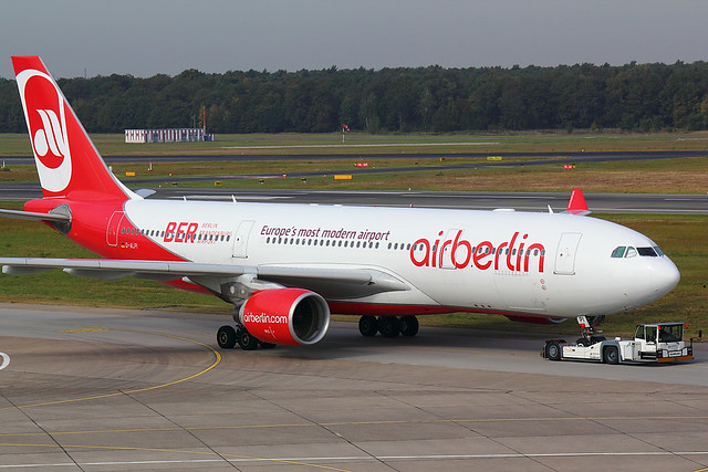 Air Berlin - A332 - D-ALPI (1)