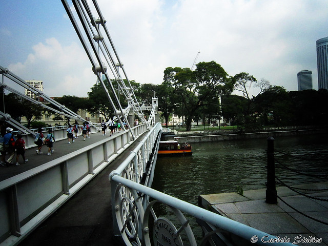 Cavenagh Bridge 02