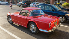 automobile, vehicle, triumph tr250, triumph tr5, triumph tr4, antique car, sedan, classic car, vintage car, land vehicle, sports car,