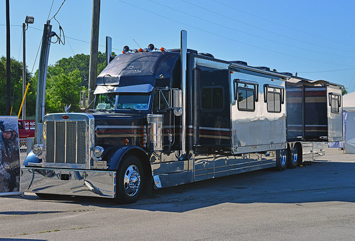 Peterbilt Rv Motor Coach Manufacturers Autos Post