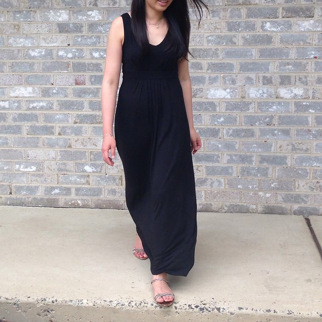 Banana Republic vneck maxi