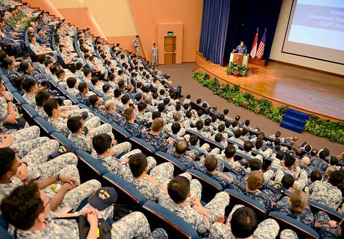 US, Singapore navies complete complex training, achieve new milestones during CARAT 2015