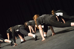 sports(0.0), b-boy(0.0), performing arts(1.0), modern dance(1.0), concert dance(1.0), entertainment(1.0), physical fitness(1.0), dance(1.0), choreography(1.0), performance art(1.0),