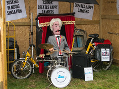 Mr Pee Wee - The Drumming Puppet