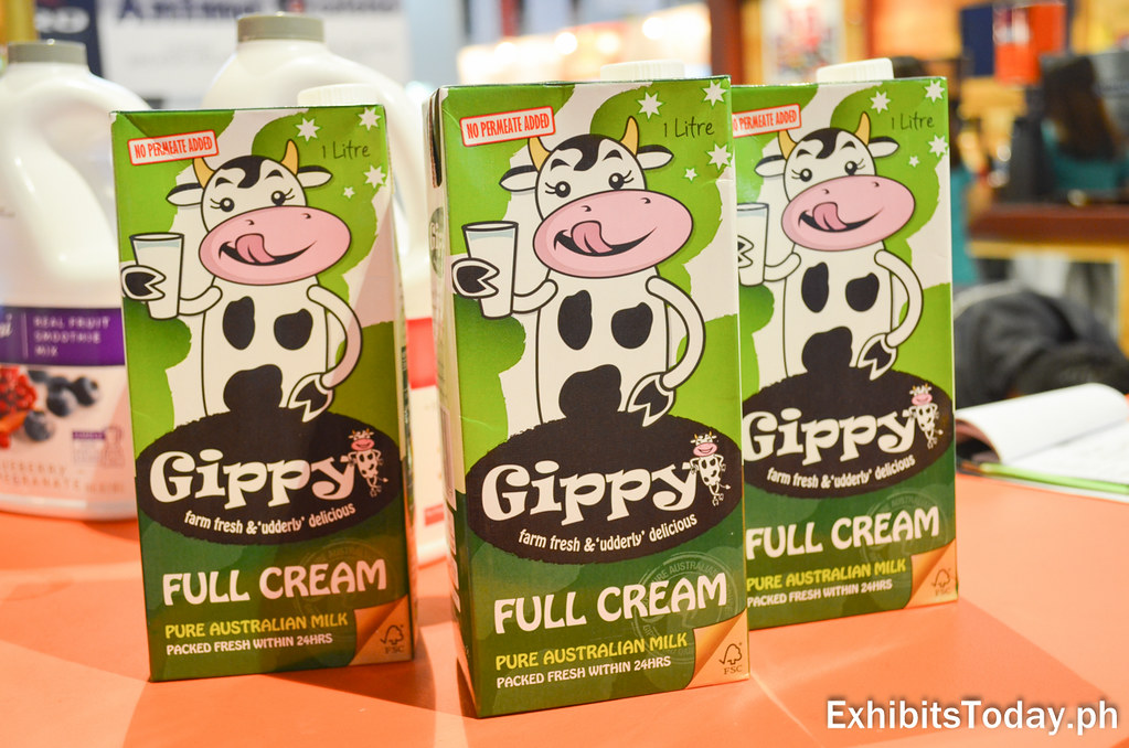Gippy Full Cream Milk Product Displays