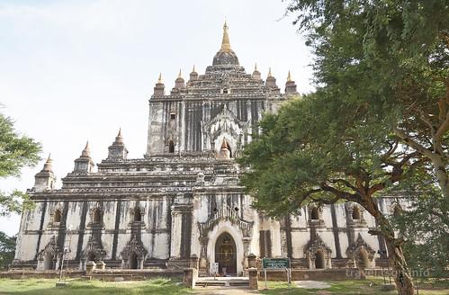 【写真】世界一周 : タビィニュ寺院