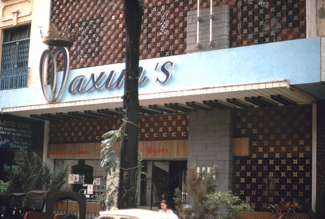 SAIGON 1967 - Photo by ken - Nhà hàng Maxim's đường Tự Do