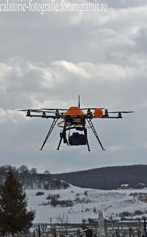 Braşovul, filmat cu un smartphone montat pe o dronă 8883369971_f4d3e1a901_c