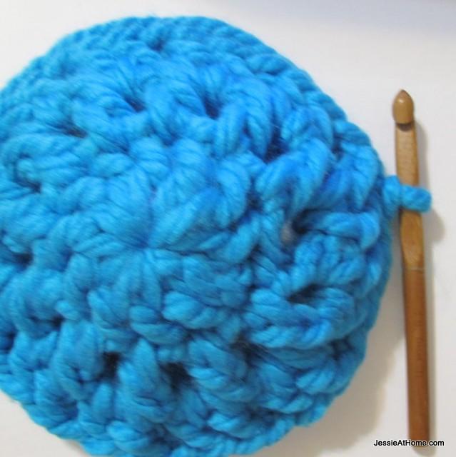 Liz-Hat-Free-Crochet-Pattern-Round-Three
