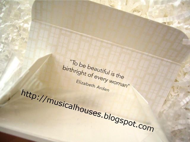Elizabeth Arden Untold Perfume Box