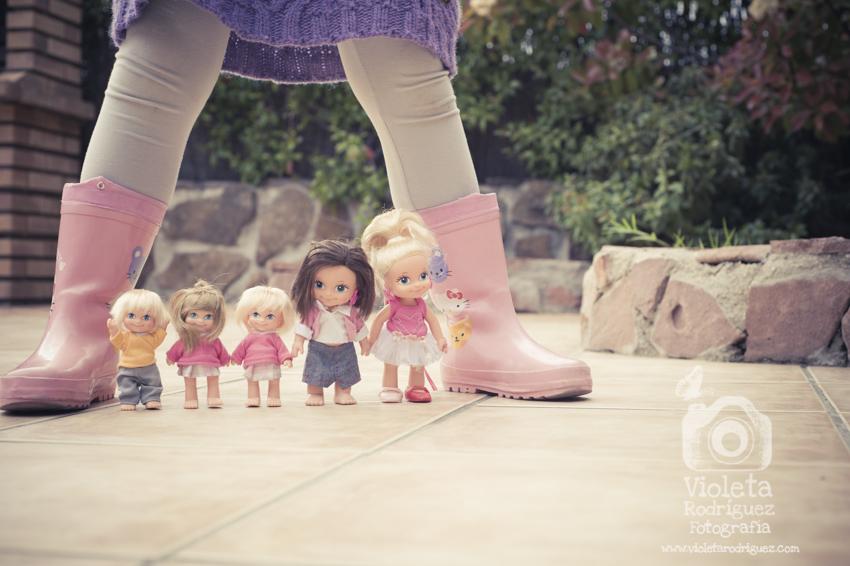 Celia con botas.