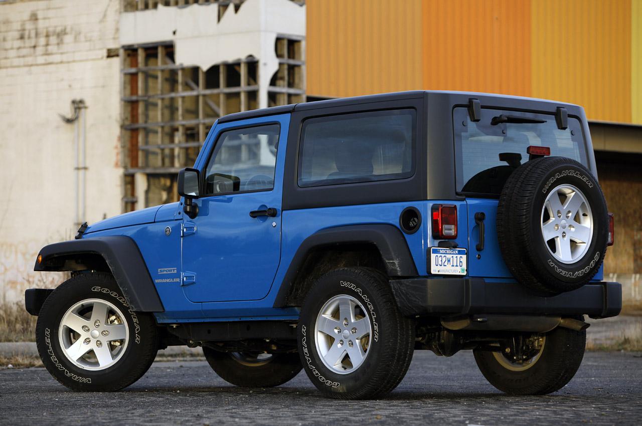 02-2012-jeep-wrangler-sport-review